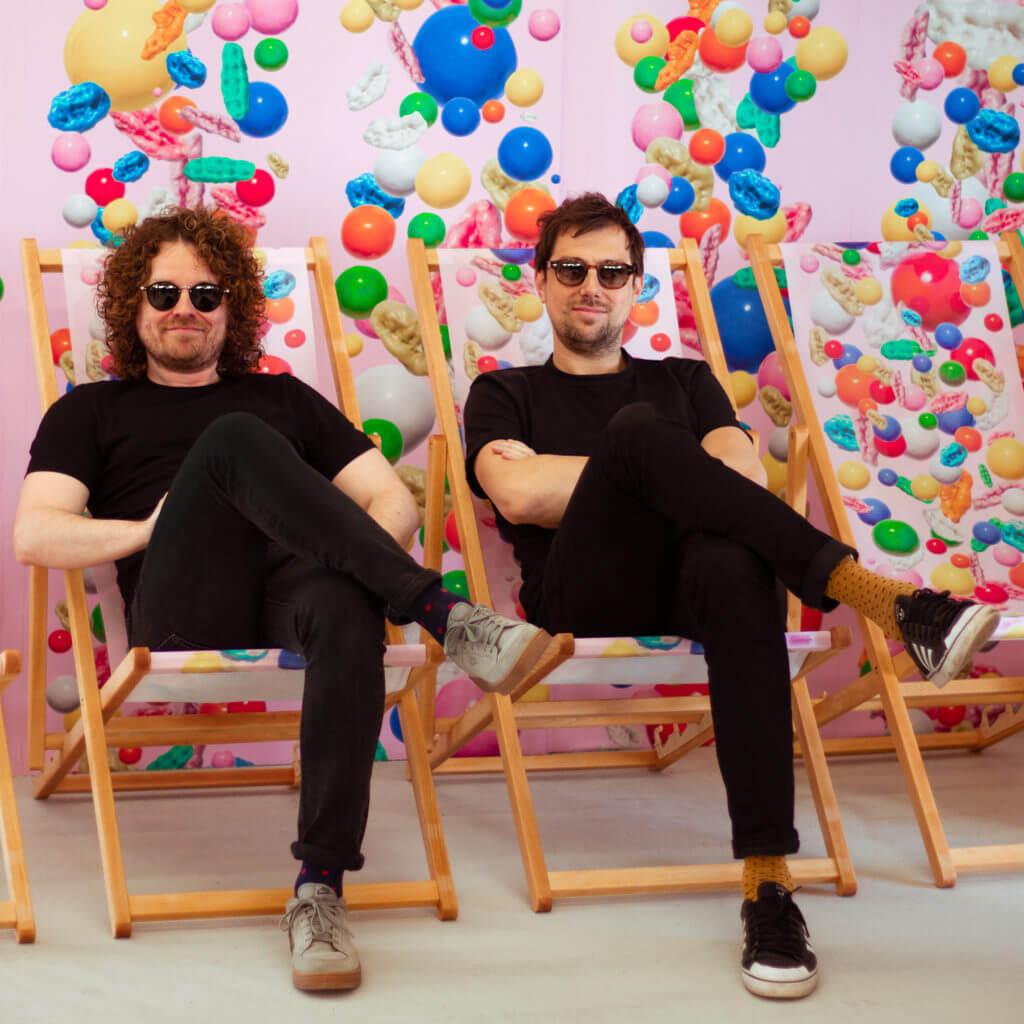 Q&A met Joeri Horstink en Robin Stam van ROTGANZEN. Winnaars van een Wallpaper* magazine Design Award 2019: 'Best Disco Divas'. Die smeltende discoballen waarmee zij wonnen ken je vast.