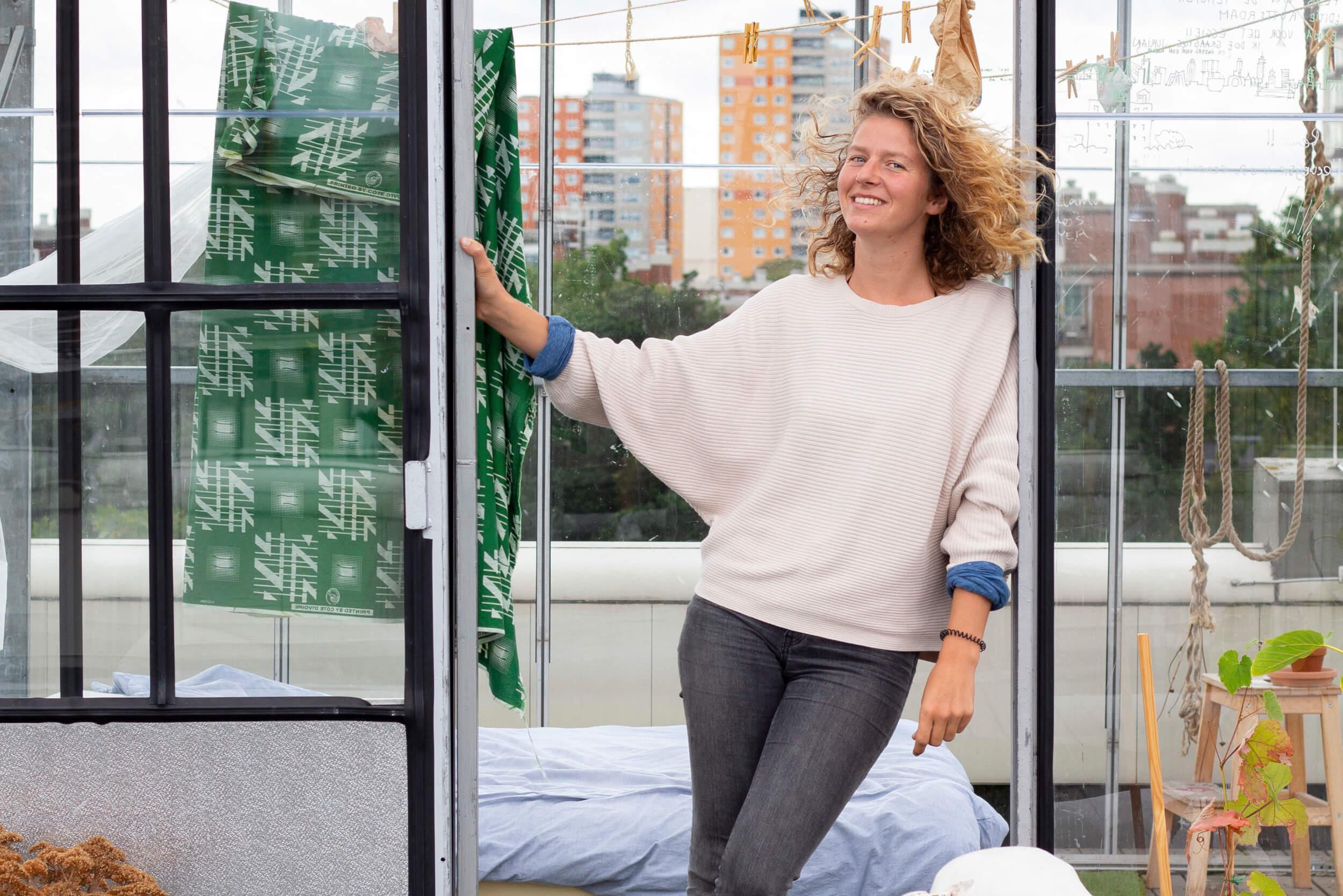 Q&A met Renée Miles: 'Kom binnen! Hier slaap en woon ik. Ik ervaar de stad hier op het dak van op een heel andere manier.'
