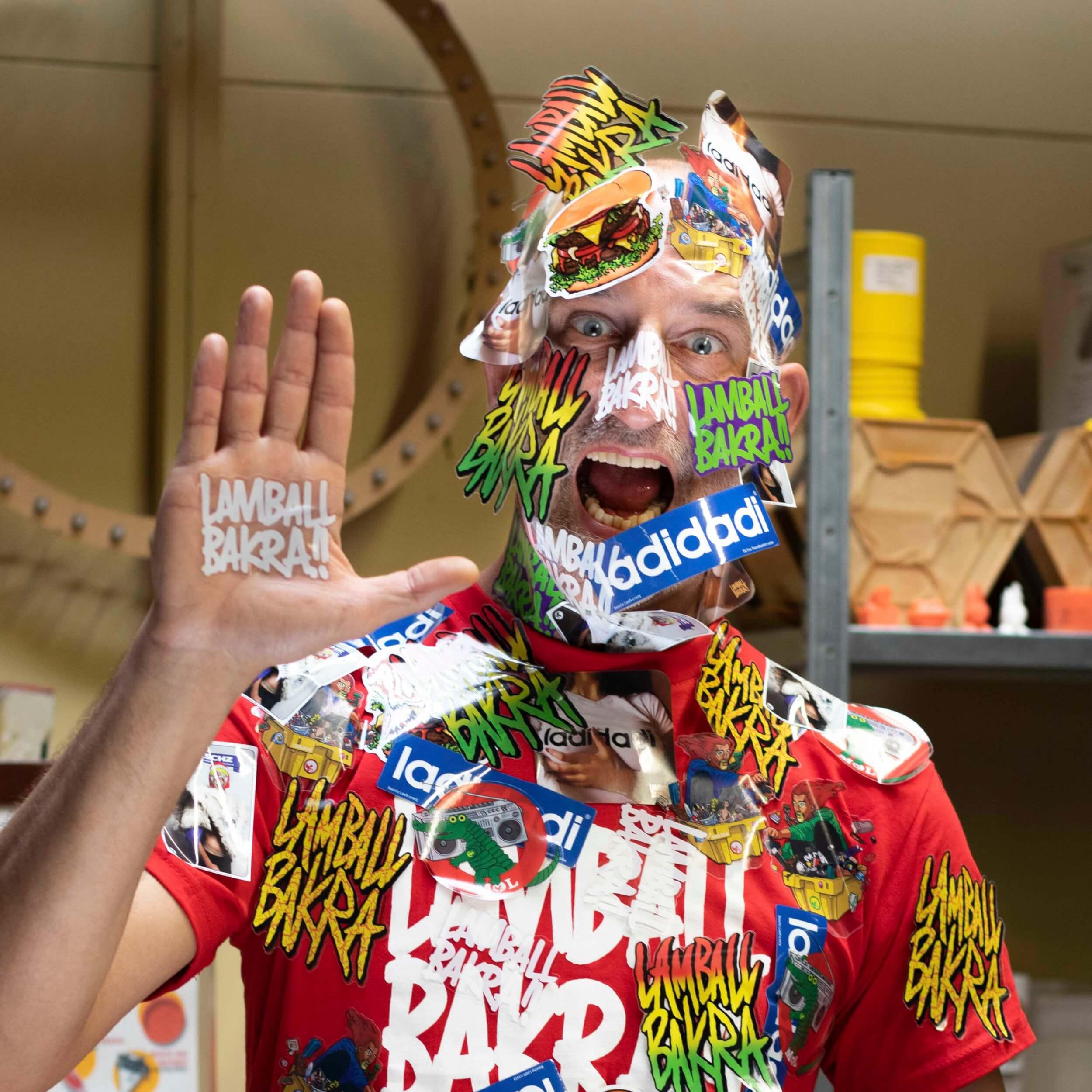 """Q&A met Baschz Leeft, omni-mediaal kunstenaar, ontwerper en curator. """"Ik wil me niet vastpinnen op één, maar juist vele materialen, technieken en gereedschappen leren kennen en gebruiken."""""""