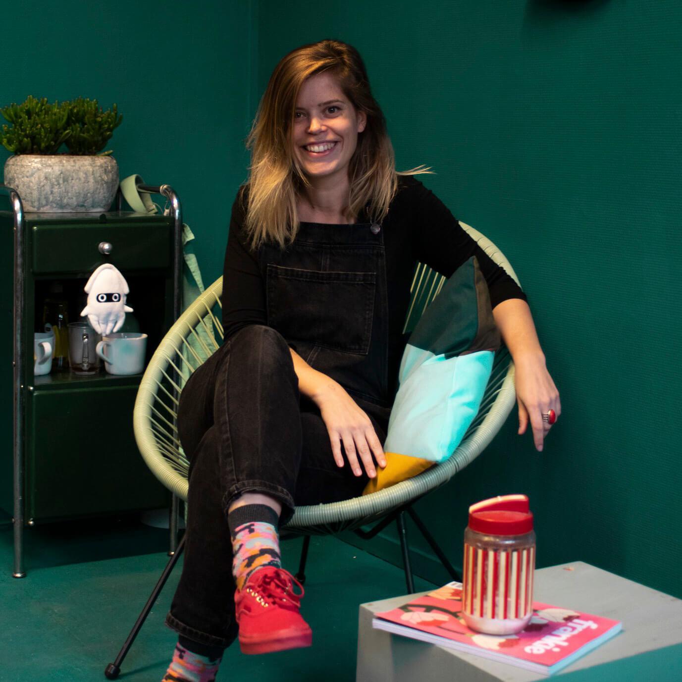 """Freelance illustrator en vormgever Elke Donders: """"Mijn werk is een zoektocht naar het uitbeelden van emoties, een compleet nieuw patroon of juist het absurde."""""""